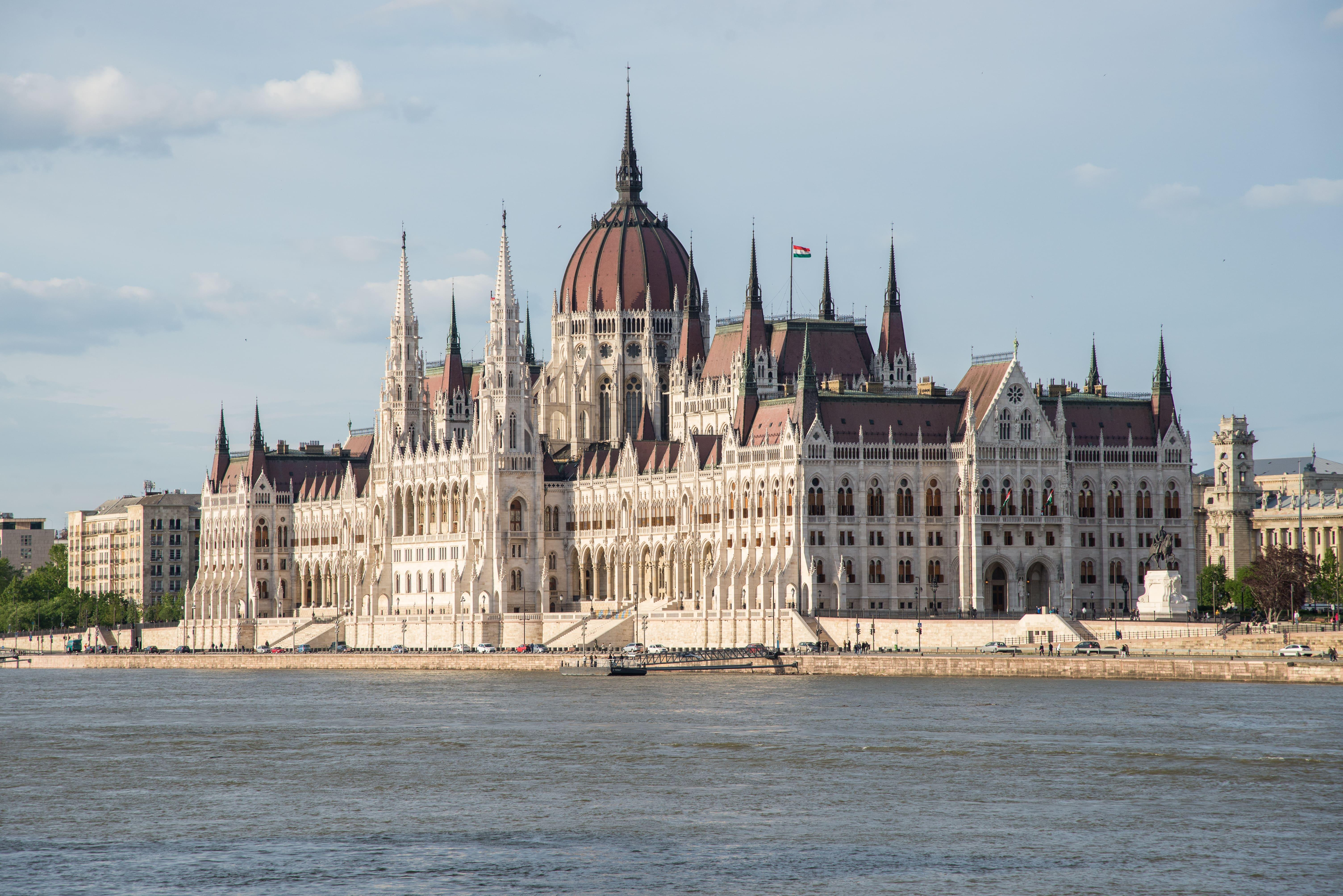 Parlement-hongrois