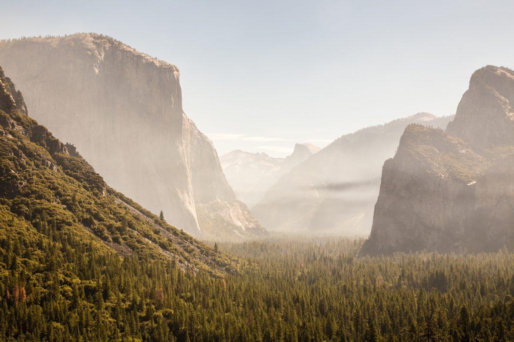 Vue sur la vallée de Yosemite