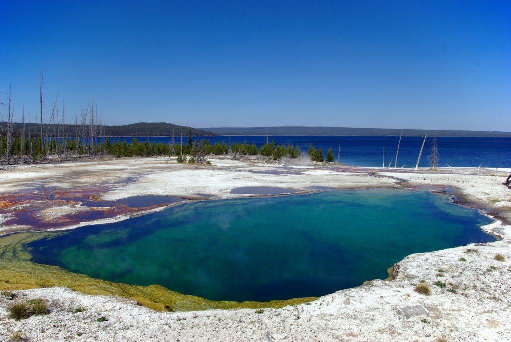 lac de yellowstone